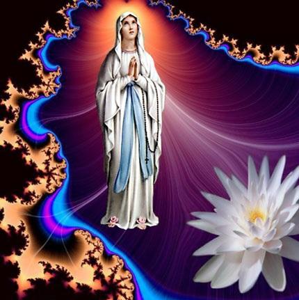 Bó hoa dâng Đức Mẹ